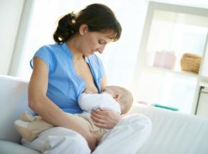 Breastfeeding 'doesn't improve IQ'