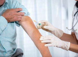 Govt to roll out stronger flu jab in 2016