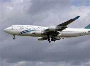 NZ flight grounded over norovirus fears