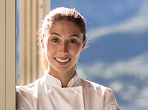 Young Chef Eyes a Bright Future Combining Food and