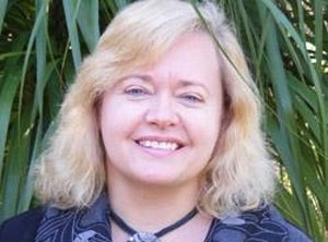 Professor Hannah Dahlen