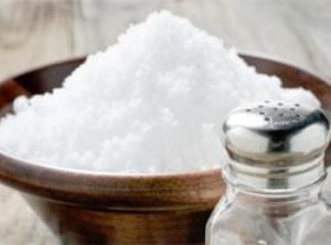 Salt levels in bread, cereals still high