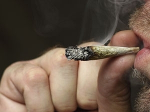 Teen cannabis use 'affects memory'